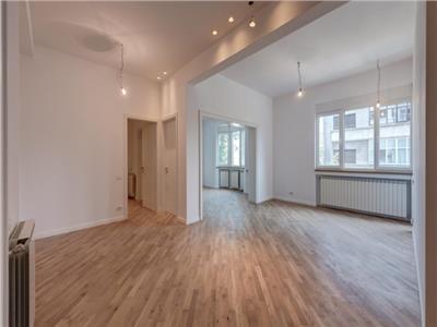 3 bedroom apartment, Mantuleasa Coposu
