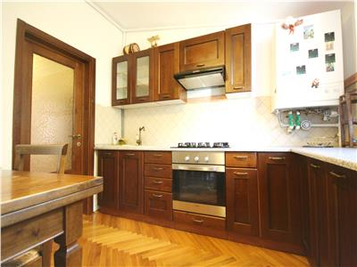 One bedroom apartment for rent in a peaceful and central area of Brasov