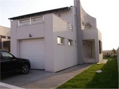 Spectacular 4 bedroom villa, long term rental, Otopeni