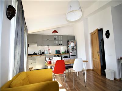 For sale, 2 bedroom apartment, Unirii - Constitutiei