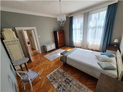 Exquisite apartment with garden for rent in the Historic Centre of Brasov
