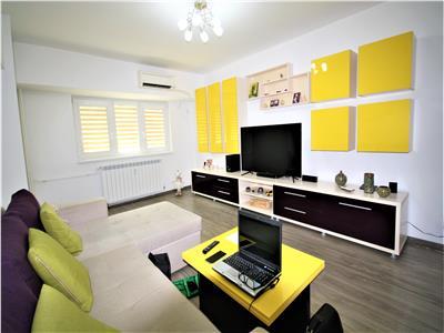Apartament cu 4 camere de Vanzare in Bdul Unirii Fantani Renovat