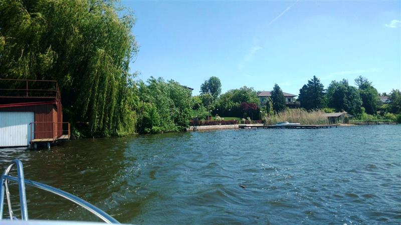 Land with 23m lake frontage for sale in Snagov