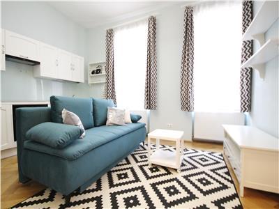 Apartament deosebit cu 2 camere de inchiriat in Centrul Istoric Brasov