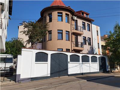 11 room villa, Stefan cel Mare - Dr Grozovici