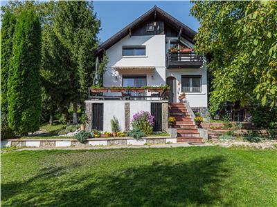 For rent: Superb house with view on Drumul Poienii Brasov