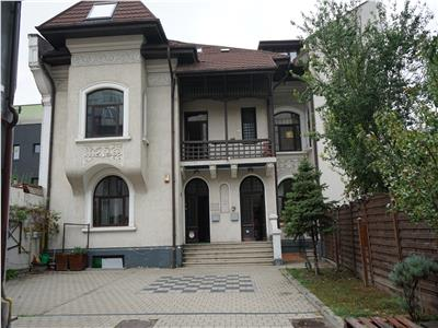 Villa for rent in Stefan cel Mare / Mosilor area
