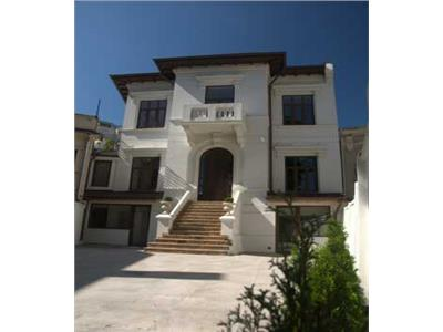 Villa for rent central located in Piata Romana