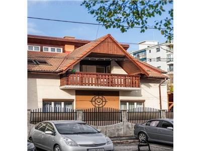 Casa 6 camere, Brasov