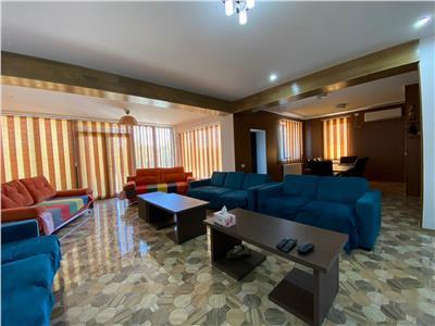 7+ room villa, Chitila