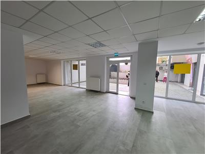 Comercial space for rent next to Coresi Mall