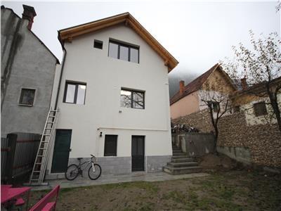Casa moderna de inchiriat in Scheii Brasovului