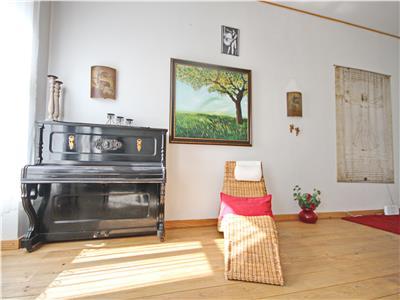 Exquisite apartment for rent in the Main Square