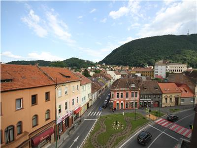 Studio with view for rent in the Historic Centre of Brasov