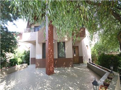 Corbeanca 4 bedroom villa open to a lake, long term rental.