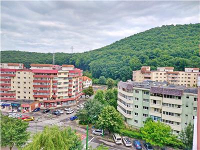 Apartament 3 camere si priveliste superba de vanzare in Racadau