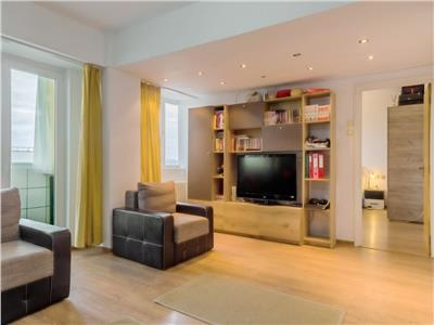 Apartament 3 camere, vanzare, Titulescu