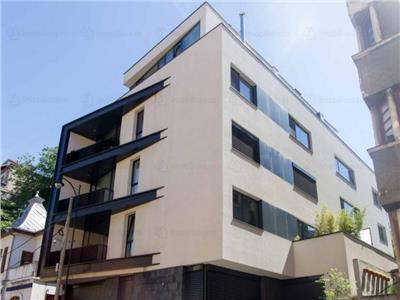 2 bedroom apartment, long term rental, Rosetti Sq