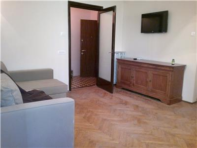 2 Bedroom Apartment for sale in Universitate Square