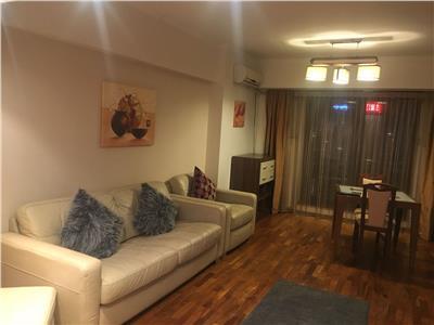 Apartament 4 camere de vanzare in Piata Uirii